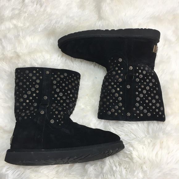 01e8d5fcbbd Ugg Elliott short studded black suede boots 8